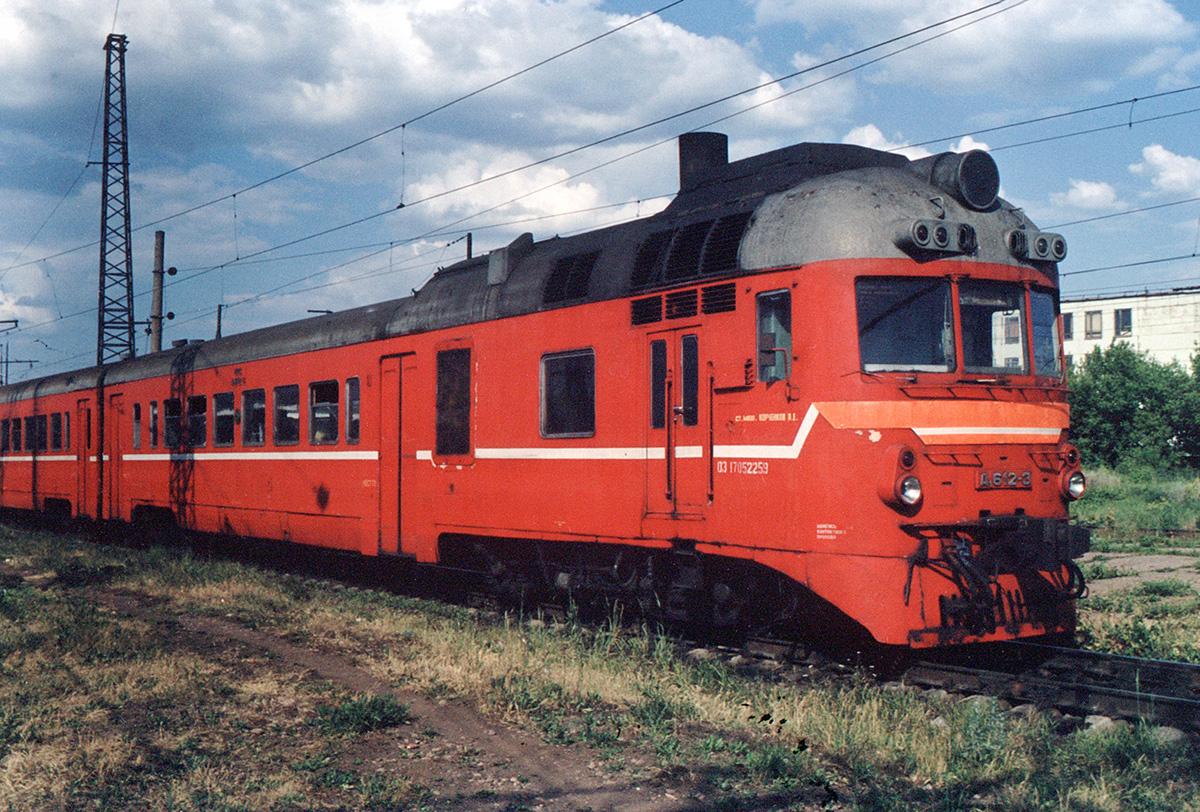 дизельный поезд фото