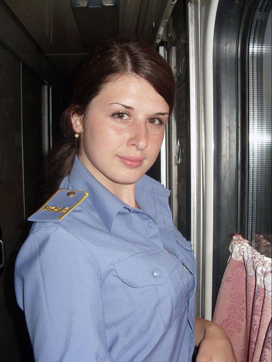 Фото девушки проводницы 15 фотография