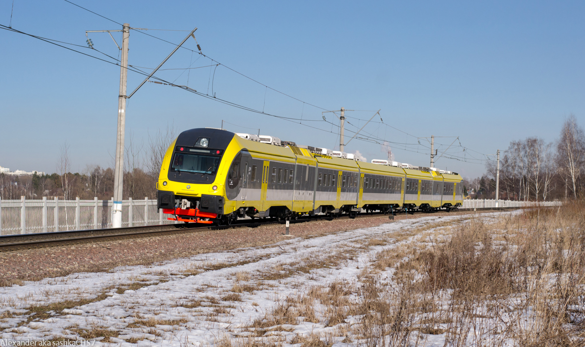 http://www.train-photo.ru/data/media/745/3145.jpg